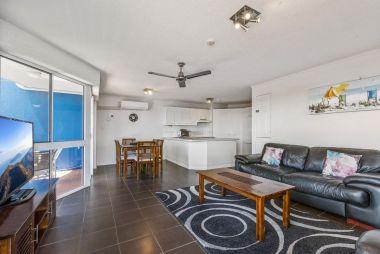 2-bedroom-spa-rooftop-maroochydore-apartments-02