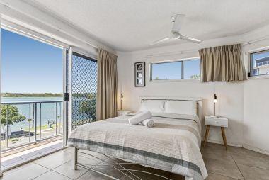 2-bedroom-spa-rooftop-maroochydore-apartments-12