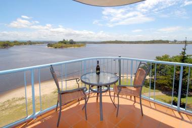 Accommodation-in-Maroochydore-Sunshine-Coast-1