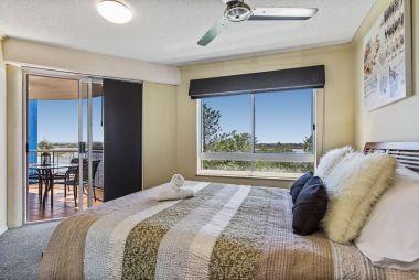 3-bedroom-spa-rooftop-maroochydore-apartments-05