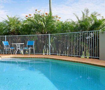 Maroochydor resort pool